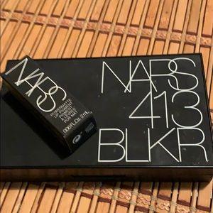 NARS 413BLKR PALETTE & Powdermatte Lip Pigment